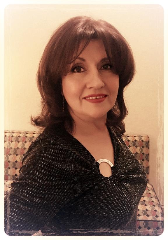 cristina profile pic.jpg