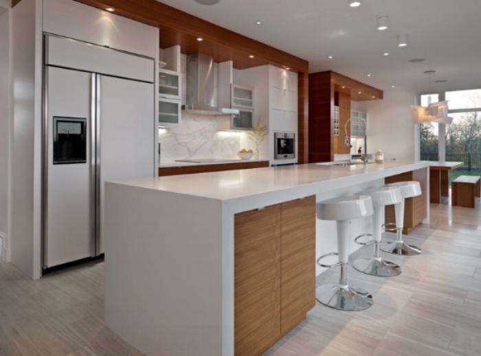 kitchen mitred island.jpg