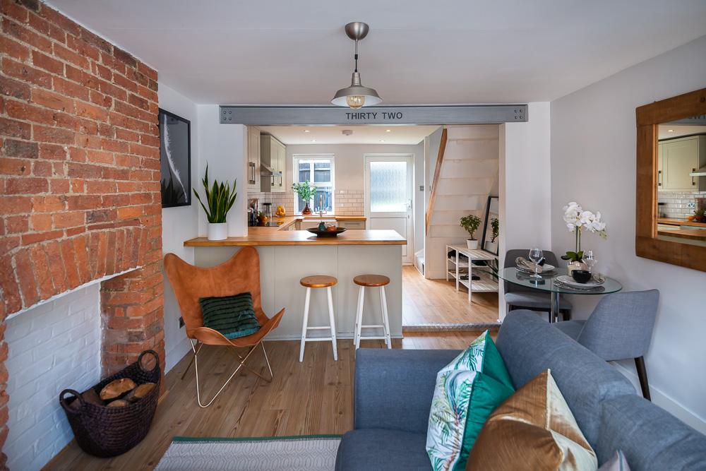 Living Room - After1.jpg