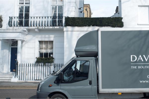 davis-and-mac-van-footer-600x400.png