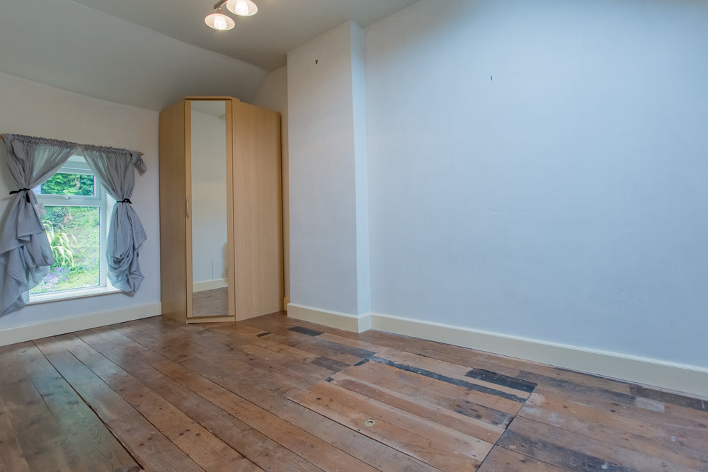 Double Guest Room BEFORE.jpg