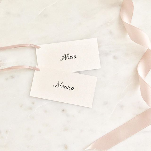 🎀 Sweet little tags to make your favours more personal. Plus they can double up as place cards! 🎀