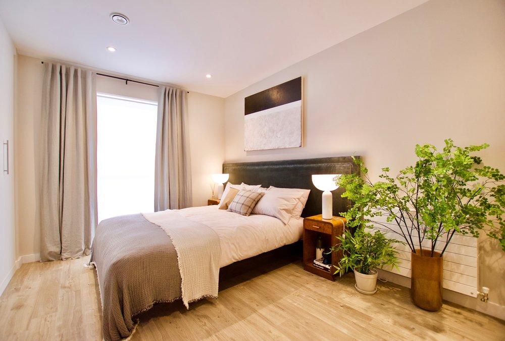 BedroomMain_0103 2.jpg