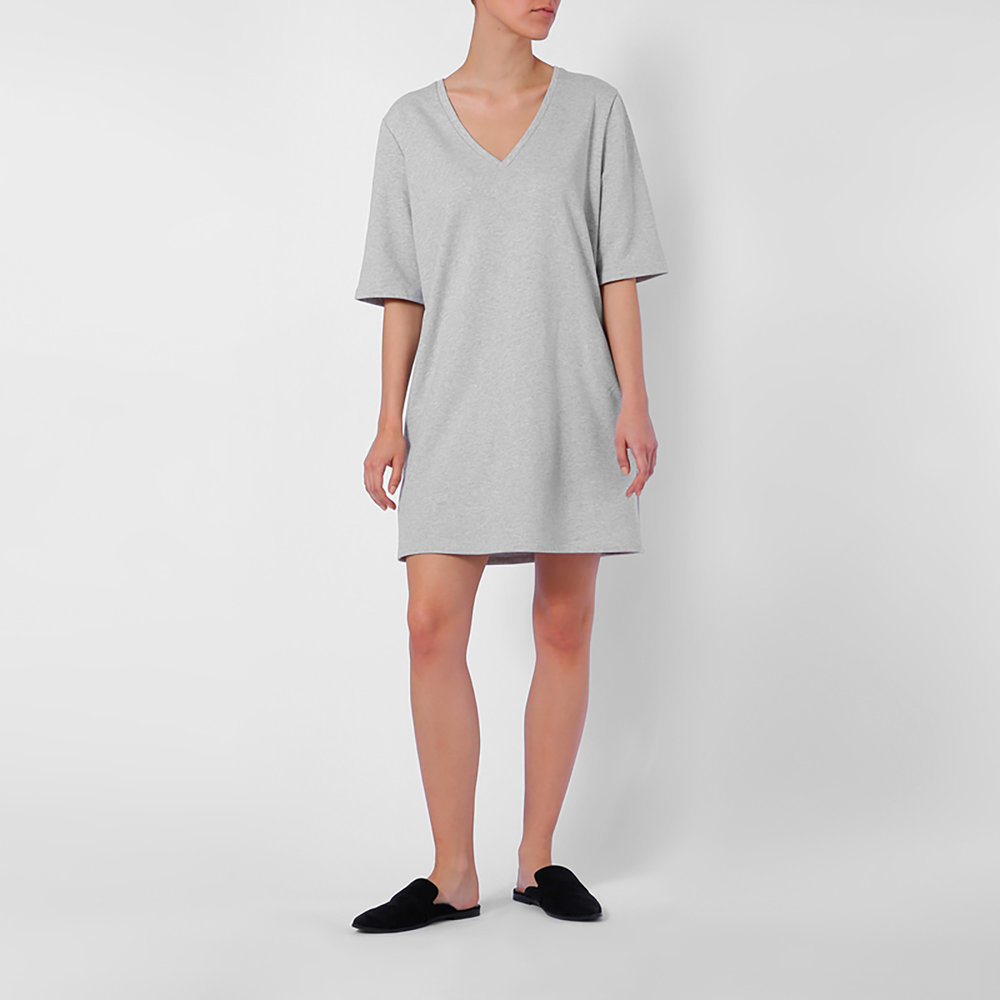 Dress two-sided light grey (€63)