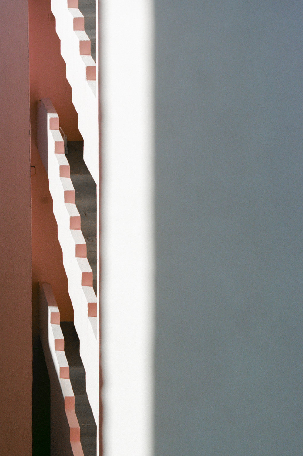 Muralla Roja 1 (Mediterranean Citizens Story).jpg