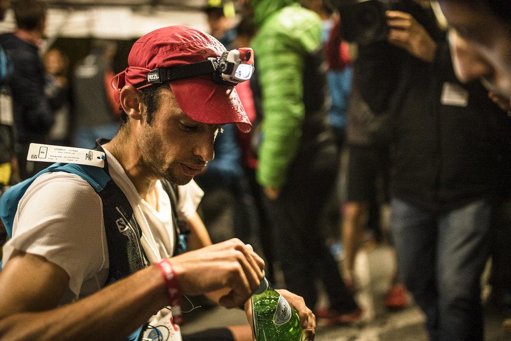 Kilian Jornet aux Contamines sur l'ultra-trail du Mont Blanc, 2017