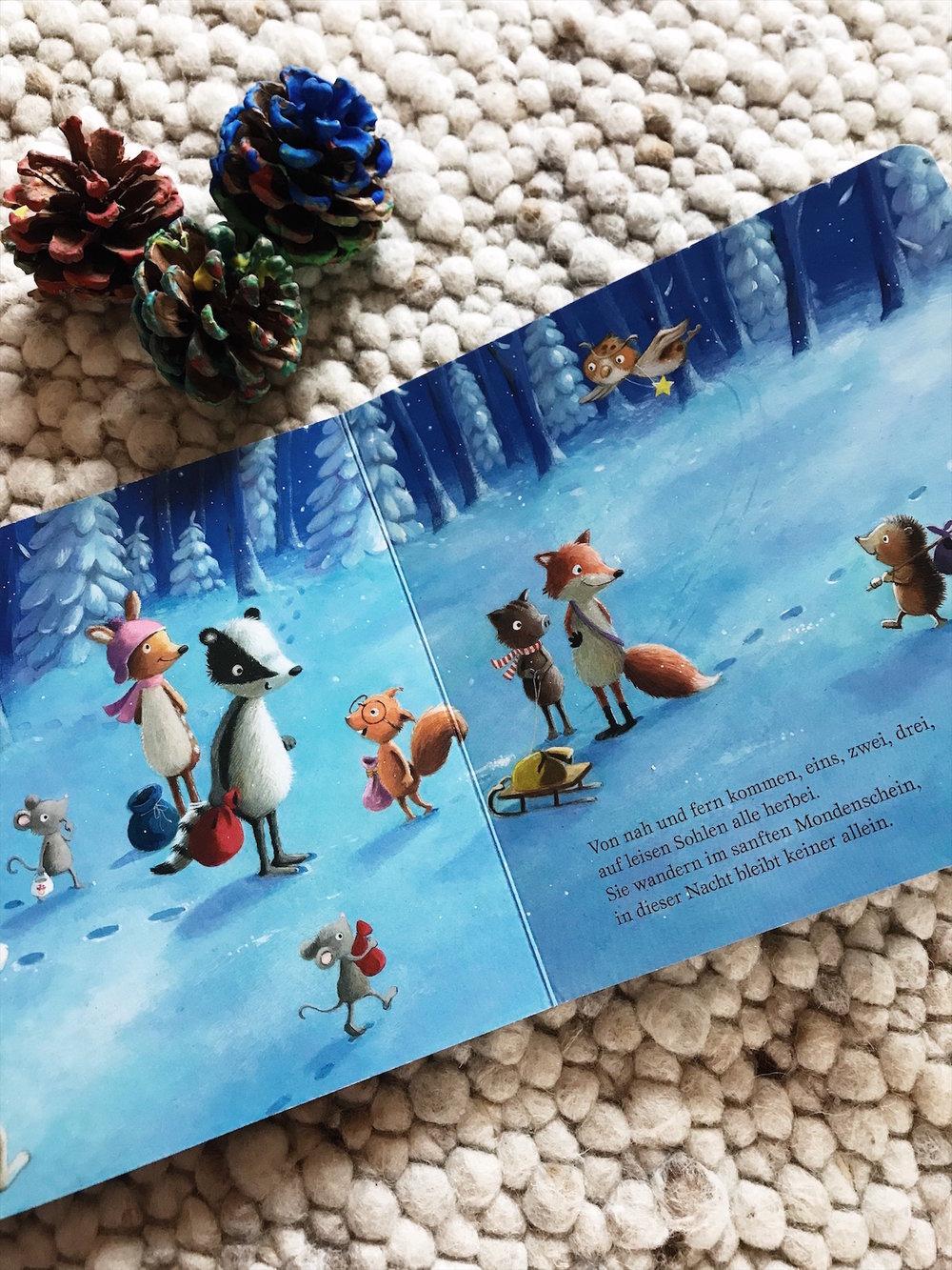 lesestoffmitdaumenkino-wie-kleine-tiere-weihnachten-feiern.jpg
