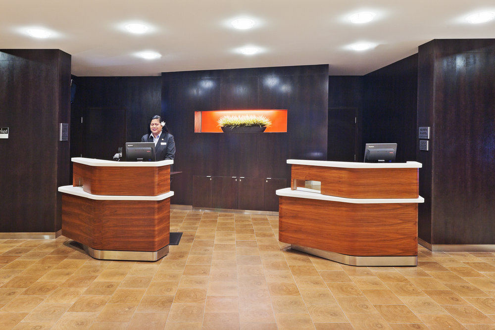 TULWH_MC_FRONT DESK - Copy (2).jpg