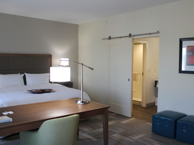 HamptonInnClaremoreOK-4.jpg