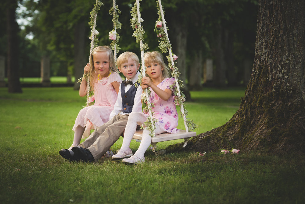 Funny Children Wedding photo by wedding photographer Valdur Rosenvald