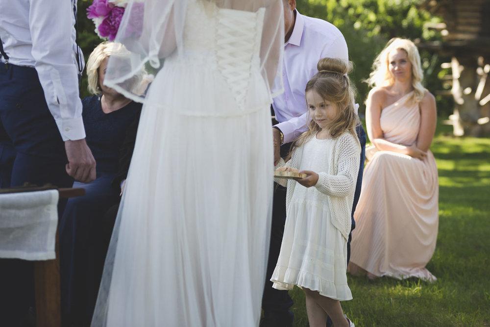 wedding-photos-090-wedding-photographer-in-tallinn.jpg