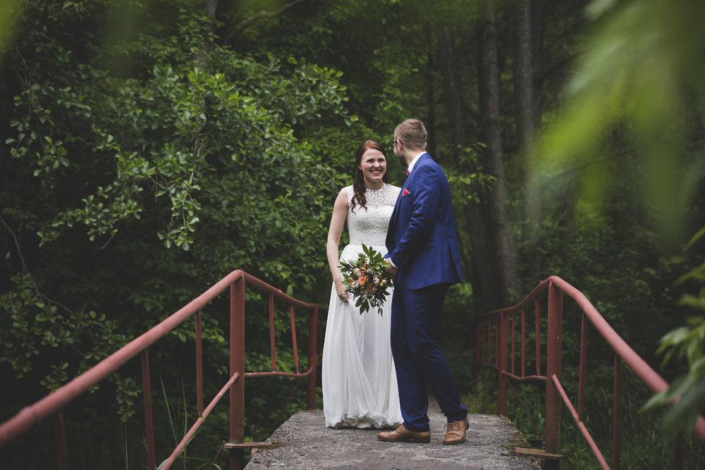 wedding-photos-025-barn-wedding.jpg