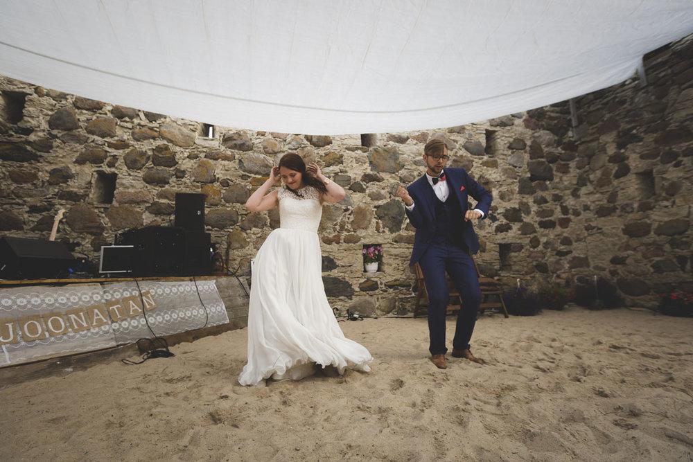 wedding-photos-125-best-wedding-photographer.jpg