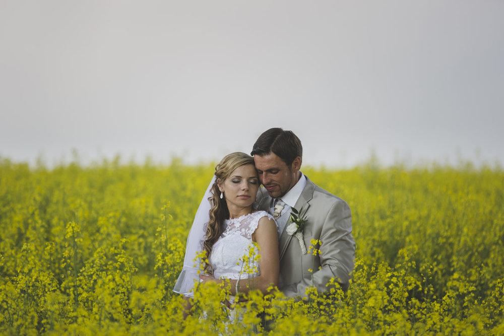 wedding-photos-086-rainy-wedding-photo.jpg