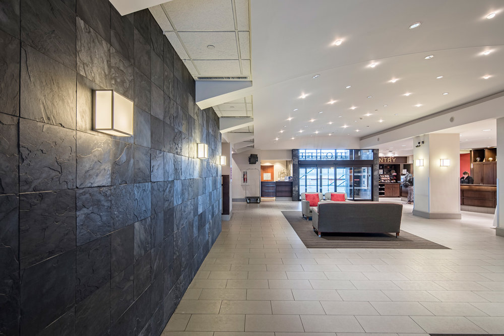 The 90,000-square-foot hotel caters to business-class travellers. It includes a lounge, meeting rooms, fitness facilities, a bar and a restaurant.