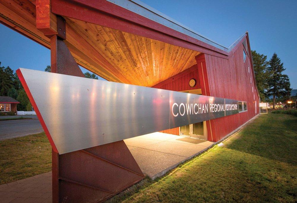 ....Cowichan Regional Visitor Centre..Pavillon d'accueil de Cowichan....