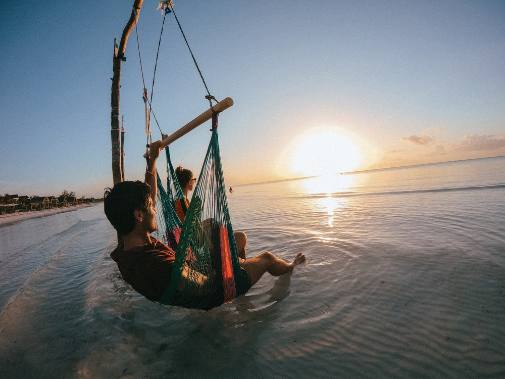 sunset-holbox-mexique-the-cheerfulist