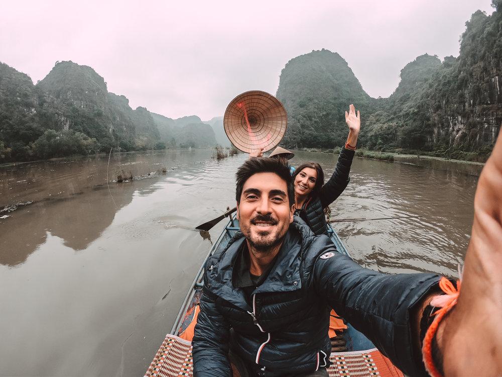 visiter-Tam-Coc-ninh-binh-vietnam-the-cheerfulist
