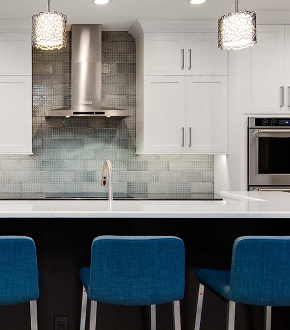 modern kitchen featuring bar