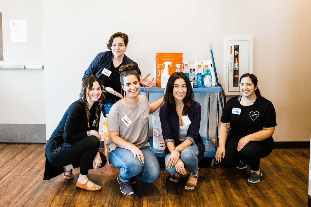 Our second Babe Crafted Member Volunteer Day of 2018. We tidied up a communal kitchen at CASA and learned more about their mission. Photo by Jessica Fredericks Photography.