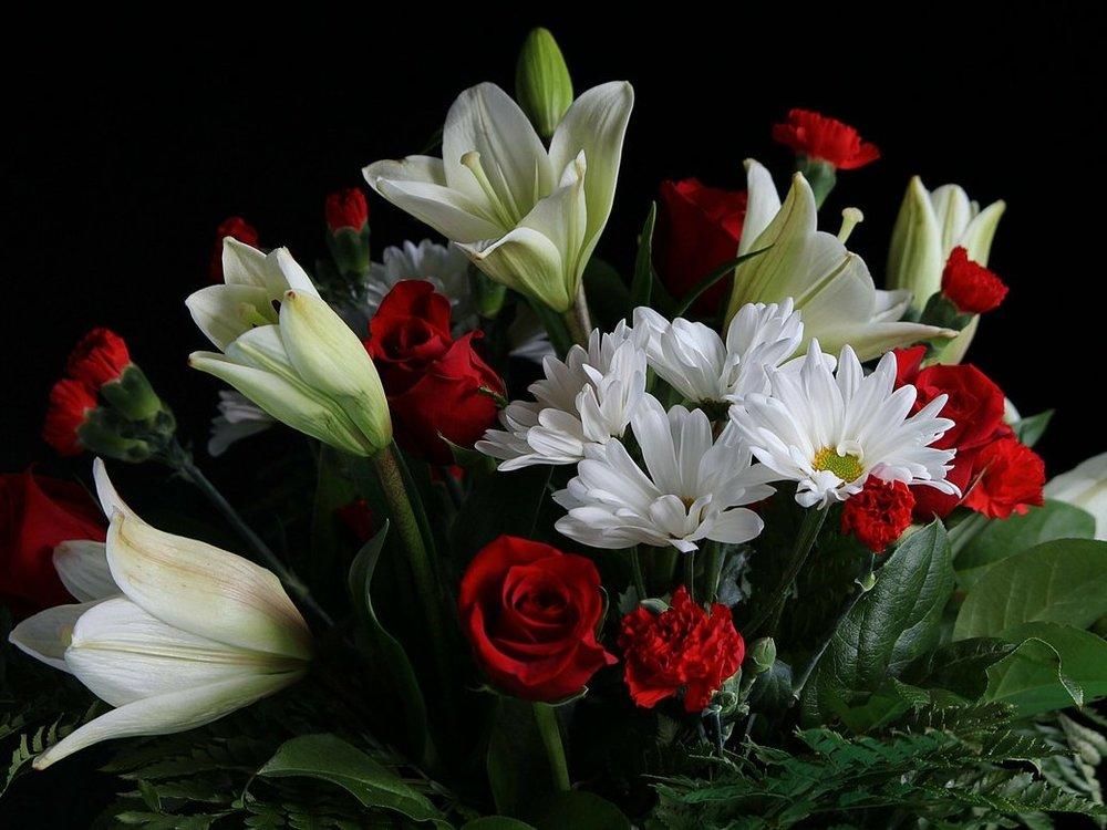 bouquet-71811_1280-e1480007565388.jpg