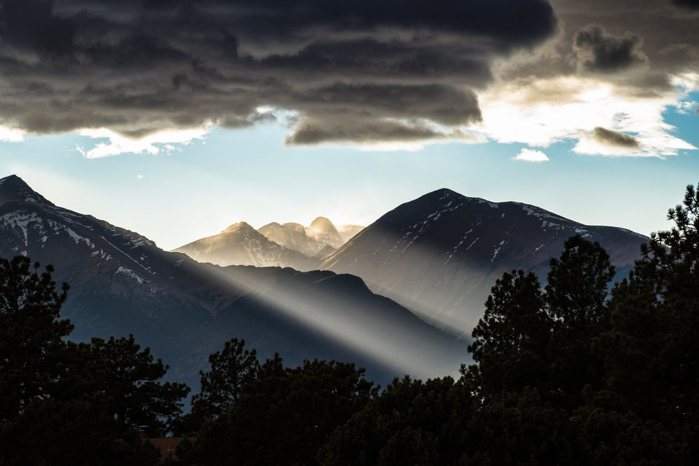 Challenger+Peak+Light+Rays+Nov4+I+sRsm.jpg