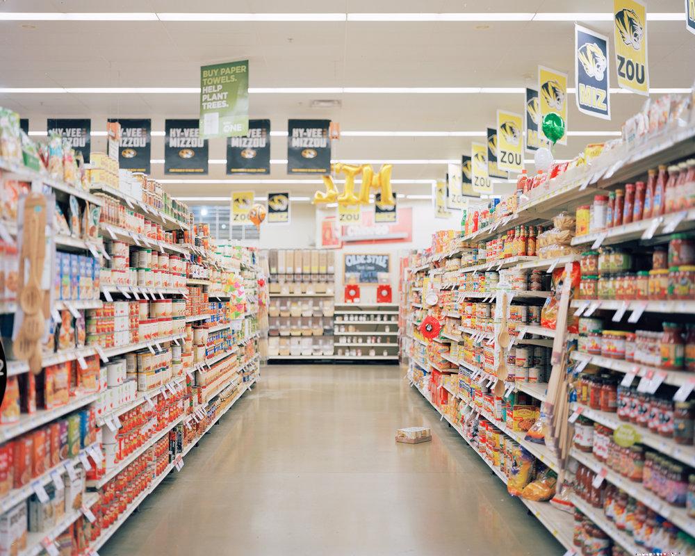 4x5-portra-160-store-001.jpg