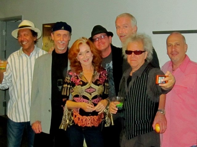 Bonnie Raitt band; Ricky F, Jim, Bonnie, Me, Mike F, George and Hutch