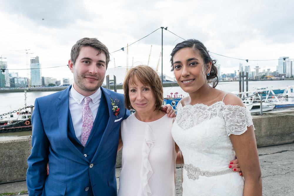 trinity-buoy-wharf-poplar-tower-hamlets-wedding-0205.jpg