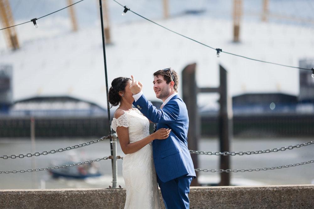 trinity-buoy-wharf-poplar-tower-hamlets-wedding-0229.jpg