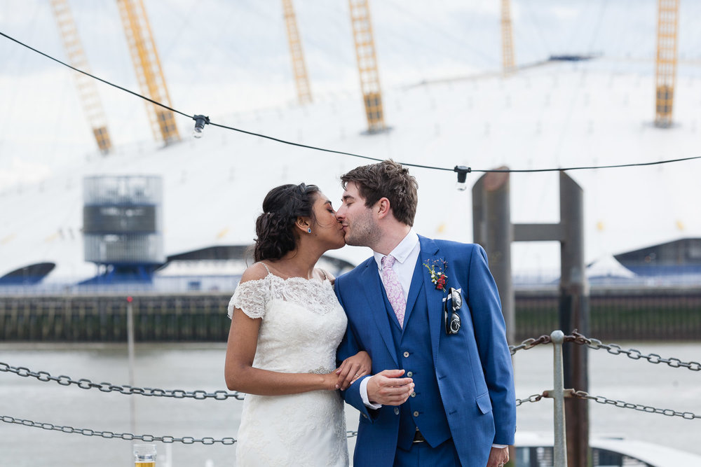 trinity-buoy-wharf-poplar-tower-hamlets-wedding-0236.jpg
