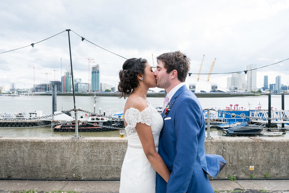 trinity-buoy-wharf-poplar-tower-hamlets-wedding-0239.jpg