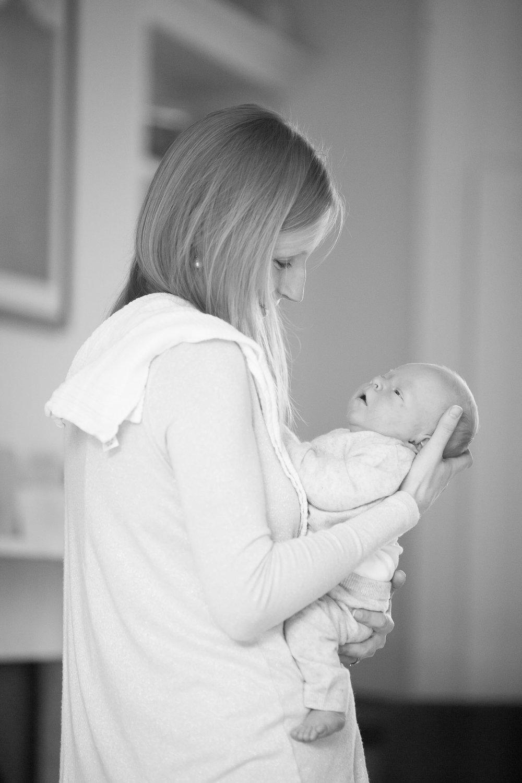 newborn-baby-family-portrait-photographer-006.jpg