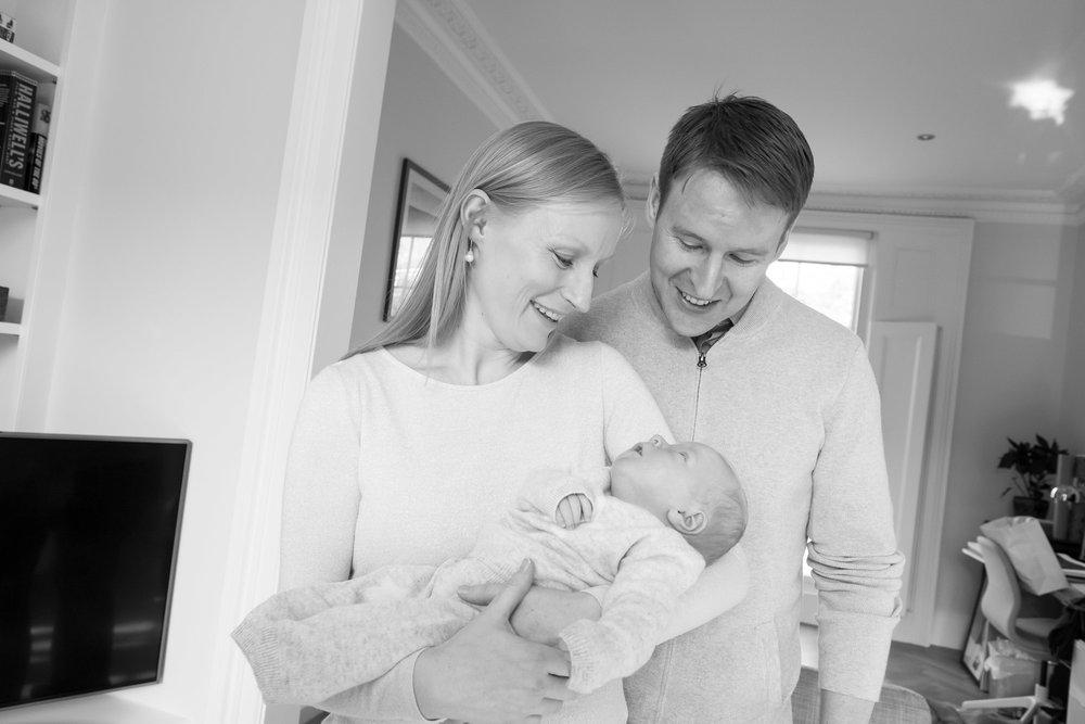 newborn-baby-family-portrait-photographer-032.jpg