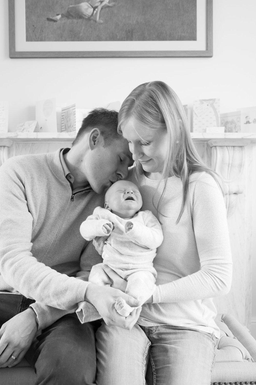 newborn-baby-family-portrait-photographer-060.jpg