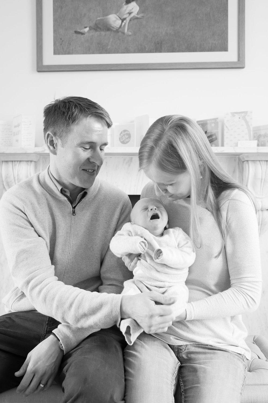 newborn-baby-family-portrait-photographer-061.jpg