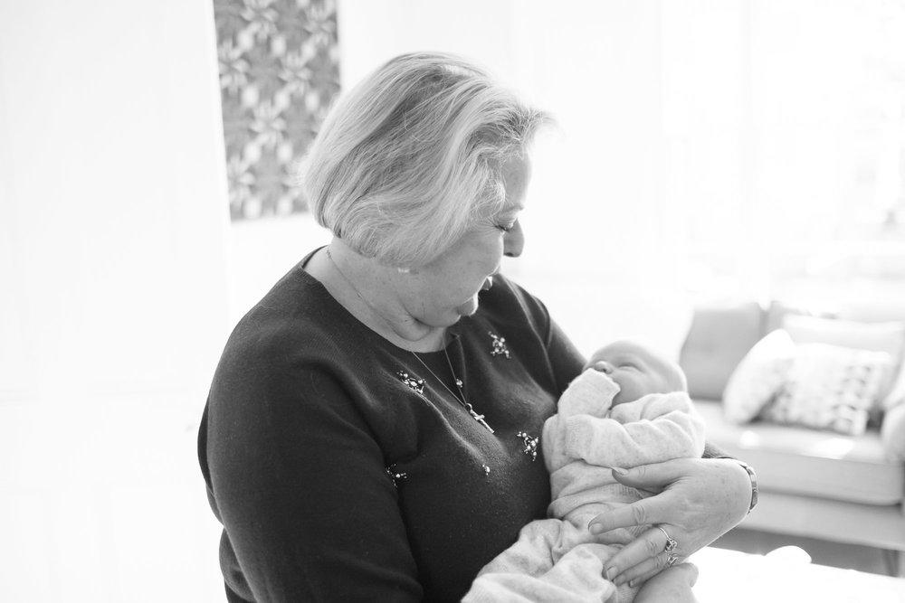 newborn-baby-family-portrait-photographer-085.jpg