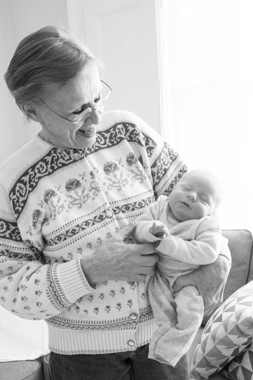 newborn-baby-family-portrait-photographer-104.jpg