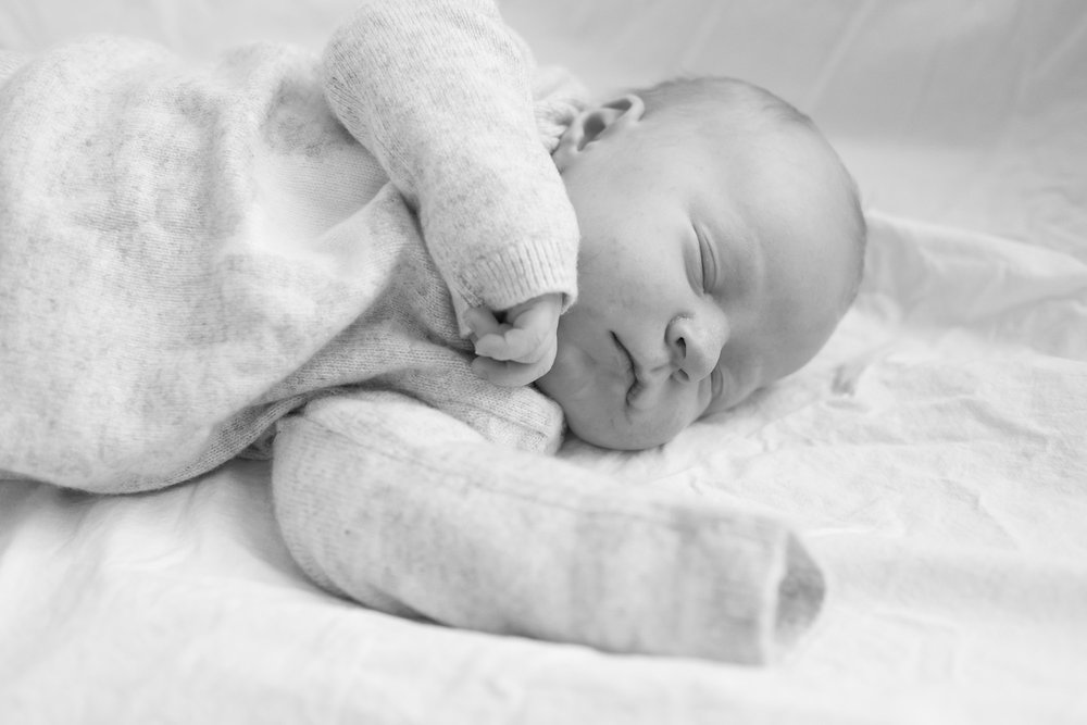 newborn-baby-family-portrait-photographer-150.jpg