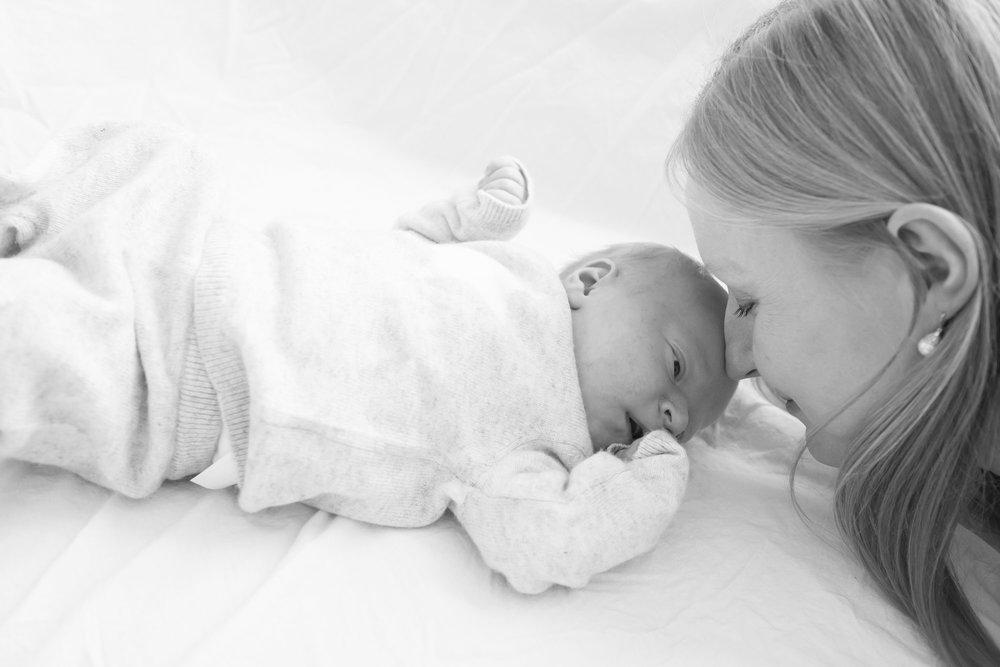 newborn-baby-family-portrait-photographer-165.jpg