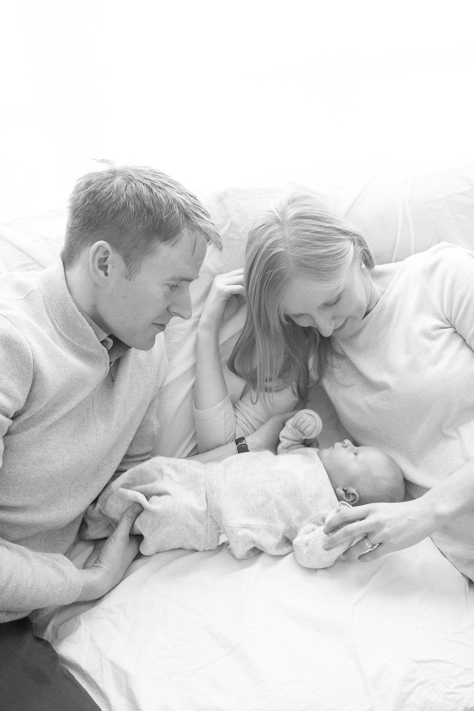 newborn-baby-family-portrait-photographer-181.jpg
