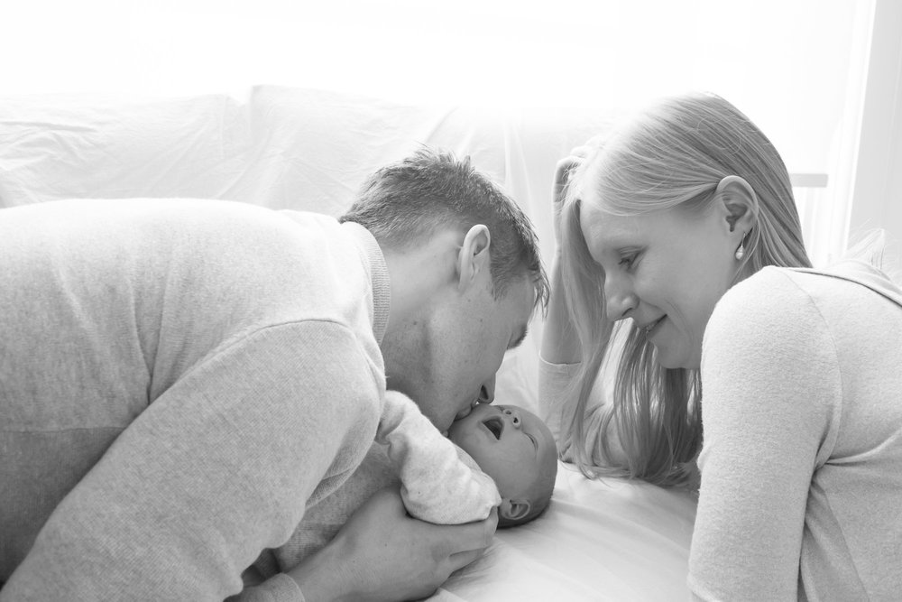 newborn-baby-family-portrait-photographer-196.jpg