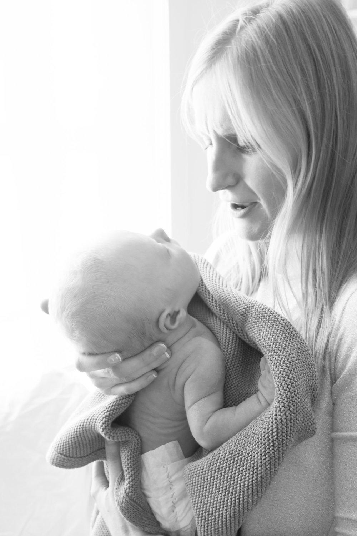 newborn-baby-family-portrait-photographer-203.jpg
