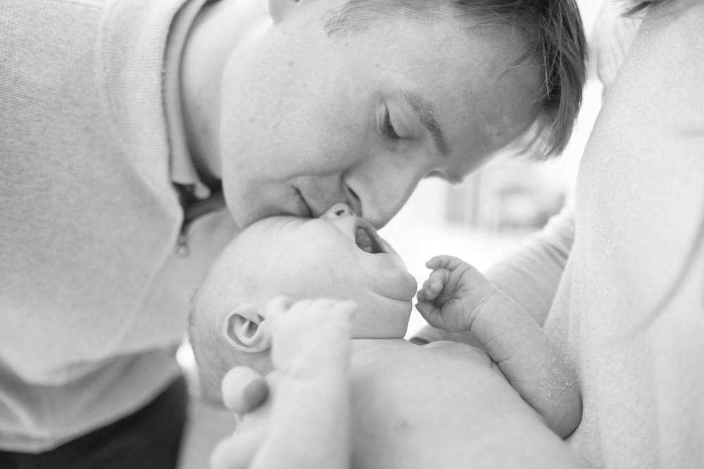 newborn-baby-family-portrait-photographer-223.jpg