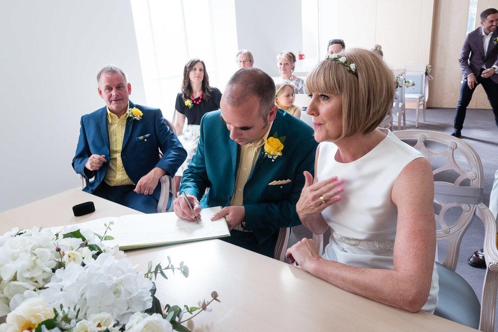 lambeth-town-hall-wedding-brixton-hill-101.jpg
