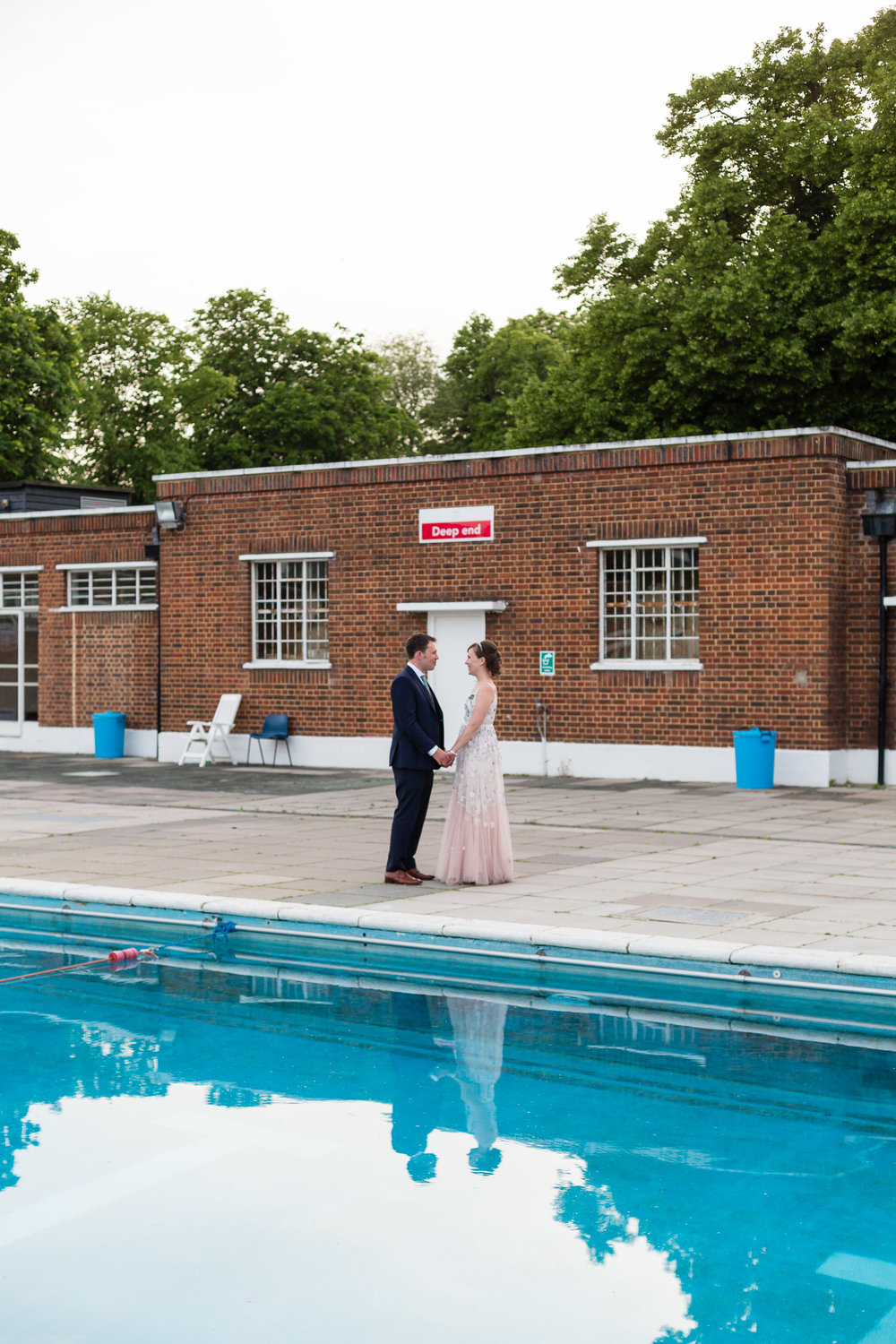 brockwell-lido-brixton-herne-hill-wedding-377.jpg