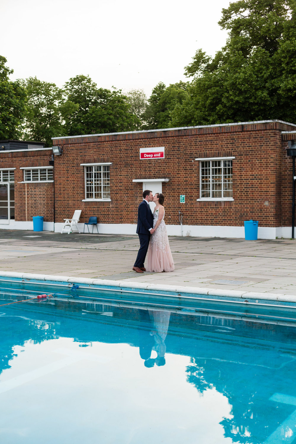 brockwell-lido-brixton-herne-hill-wedding-379.jpg