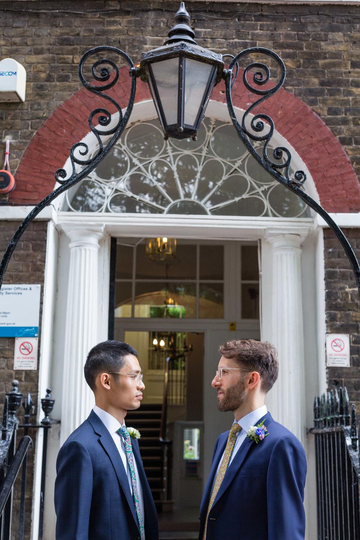southwark-registry-office-camberwell-peckham-coral-room-bloomsbury-hotel-008.jpg