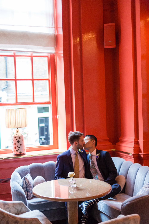southwark-registry-office-camberwell-peckham-coral-room-bloomsbury-hotel-168.jpg
