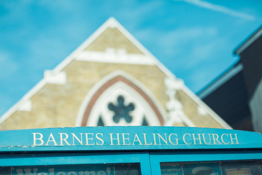 barnes-healing-church-coach-and-horses-wedding-001.jpg